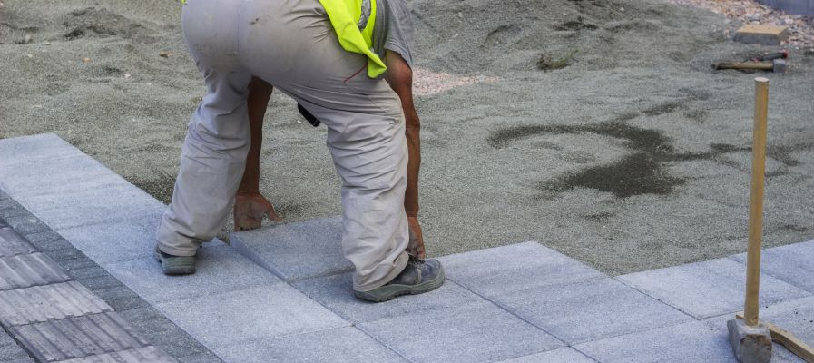 Pose de carrelage exterieur sur chape beton great pose de for Pose carrelage sur lit de sable